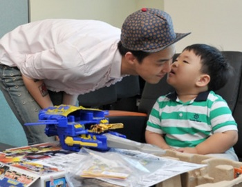 bigbangのg dragonジヨンの子供好き!ライブへもご参戦を♪子供時代もチェック!.jpg